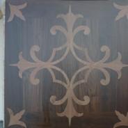Piastrelle in gres effetto finto legno con intarsio